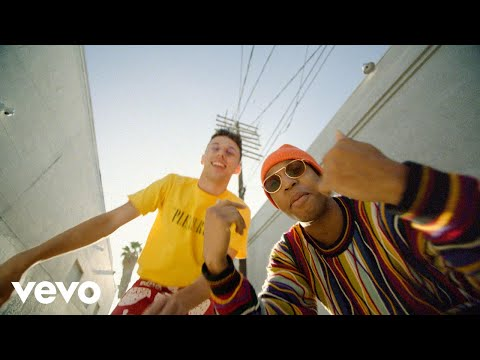 Young Franco - Juice (feat. Pell) [Official Video]
