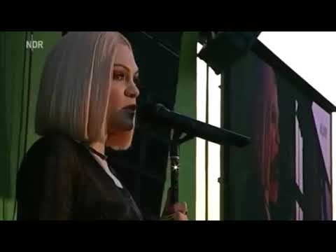 Jessie J - Flashlight (Reggae)