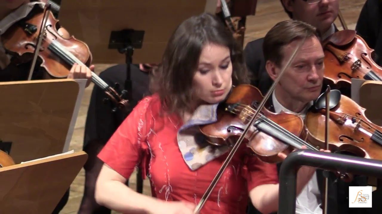 Kopatchinskaja travolgente con una grande chamber for Chamber orchestra of europe
