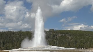 Old Faithful Geyser - Yellowstone National Park (HD)