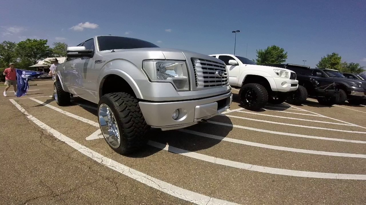 2011 F150 Customized On 33 Inch Tires And 22x12 Rims