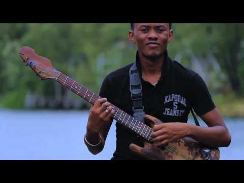 Dady Love T'ihôdy (© 2012 Jos Technology)