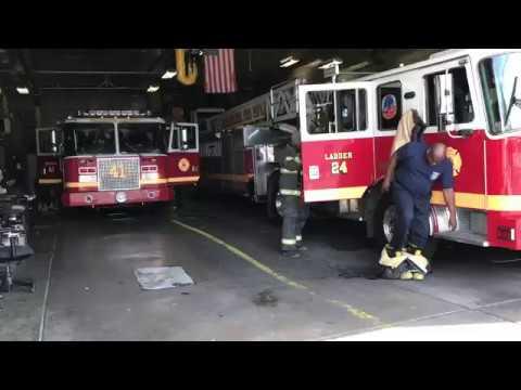 PHILADELPHIA FIRE DEPARTMENT ENGINE 41 & LADDER 24 RESPONDING FROM QUARTERS IN PHILADELPHIA, PA.