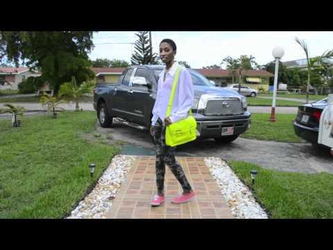 "Spring/Summer Lookbook: Part 1 ""The Neon Trend"""