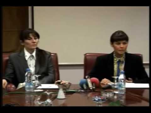 Ailesi tarafından kaçırılan Ceylan Özgül'ün basın toplantısı