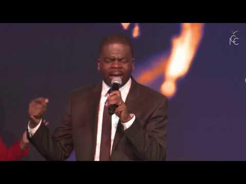 Saint Esprit (Dena Mwana) | Adoration prophétique - Pasteur Christian Saboukoulou