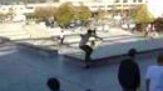 Boris Proust DVS free session Bercy skateboard demo