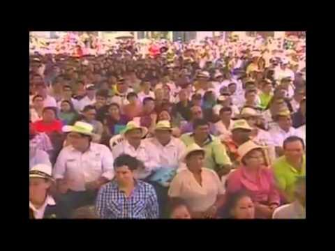 Presidente Correa Cantando Pedro Navaja Enlace 332 Ecuador