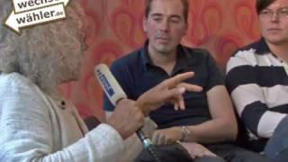Wechselwähler TV: Rainer Langhans aus der Kommune 1 zu Besuch in der Wechselwähler-WG