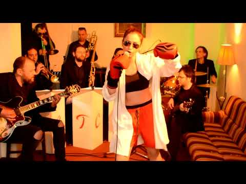 Gonna fly now & Eye of the tiger - Cover by the Cabarets (Trupa Cabaret) feat. Silviu Groaza