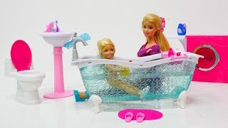 Распаковка игрушек. Ванная, коляска и велосипед для Барби!