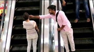 Touching Strangers On Escalator #allahabad #prayagraj #pvr #bestprank #funnyprank #escalatorprank