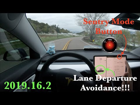 Tesla's Lane Departure Avoidance is an incredibly underrated safety feature
