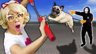 ชิคกี้พาย ถูก หมาคนใส่หน้ากาก ไล่!!