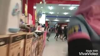 KEPANIKAN DI PUSAT PERBELANJAAN PLAZA ANDALAS PADANG SAAT GEMPA 9 JANUARI 2017 | lamangtapai
