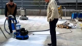 шлифовка бетона SPEKTRUM GPM 400 16 04 14(Демонстрация работы шлифовально-полировальной машины SPEKTRUM GPM-400 с дополнительными грузами; алмазная шлифов..., 2014-04-24T12:18:00.000Z)