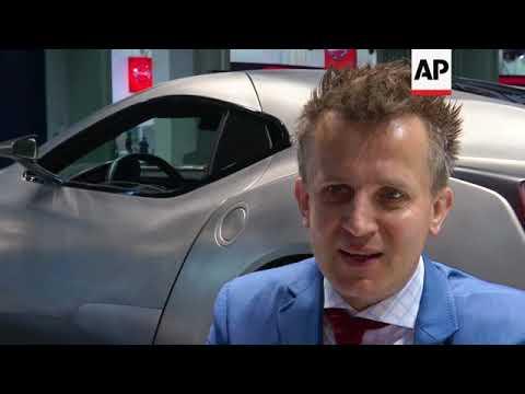 Auto makers unveil luxury vehicles to rev up market