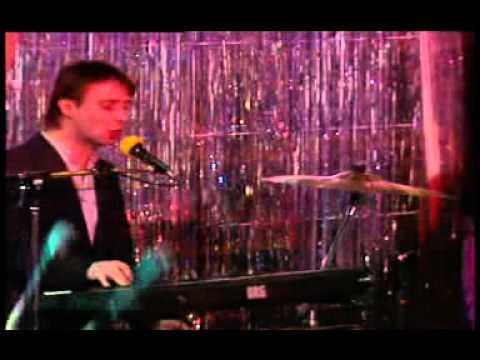 Lapinlahden Linnut - Palkaton ihminen (live 1987)