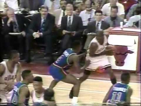 Michael Jordan 35 pts vs. Pistons - 1991 ECF Game 2