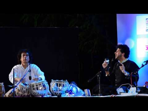 Mahesh Kale and Zakir Hussain at SwaarNaad Mumbai