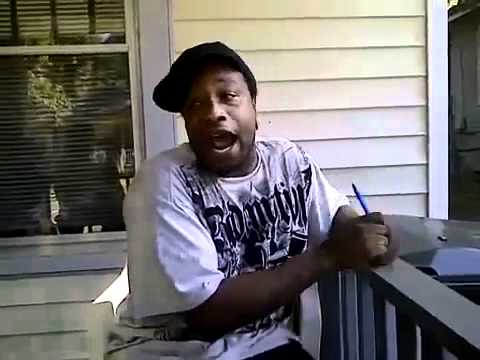 Hood Rapper Spits Hood Freestyle! Part 1 (sittin sideways)