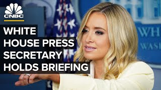 White House Press Sęcretary Kayleigh McEnany holds briefing — 8/10/2020