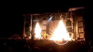 لحظة وفاة مغنية اسبانية على المسرح بعد انفجار الألعاب النارية بها