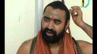 Vijayendra Saraswathi tho Interview,15-11-2004 Part - I.avi