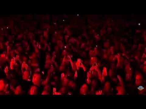 Rihanna - 'Live Your Life / Run This Town' Live March Madness Festival 2015 - HD