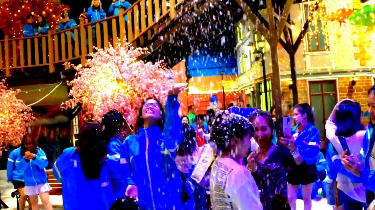 Thị Trấn Tuyết  (Snow Town Sai Gon) – khu Vui Chơi tuyết Lớn Nhất Đông Nam Á
