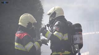 Uitslaande brand in schuur in Drogeham