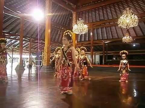 Tari Yapong Jawa Tengah