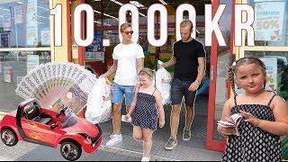 6-ÅRING BESTÄMMER VAD VI SKA GÖRA MED 10,000 KR!!!