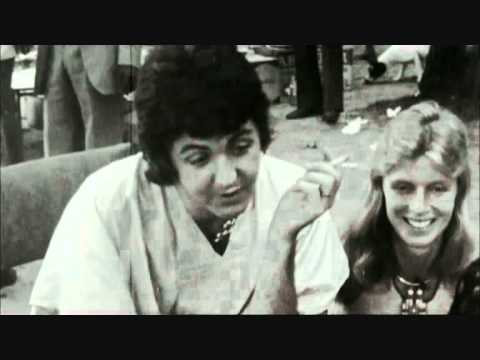 paul mccartney and wings band on the run youtube. Black Bedroom Furniture Sets. Home Design Ideas