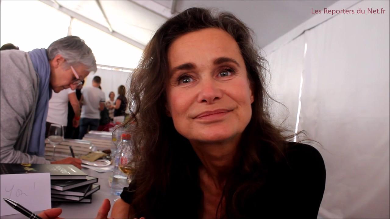 Marie Sophie L  Livre  Linstant cru  YouTube