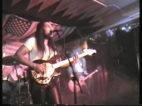 Limehouse Lizzy - Running Back (The Vic, Coalville)