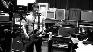 Download Weezer - Paranoid Android Mp3 and Videos