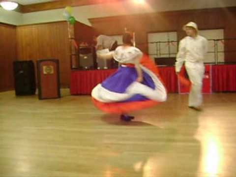 Baile Tipico de Costa Rica (Traditional Costa Rican Dance)