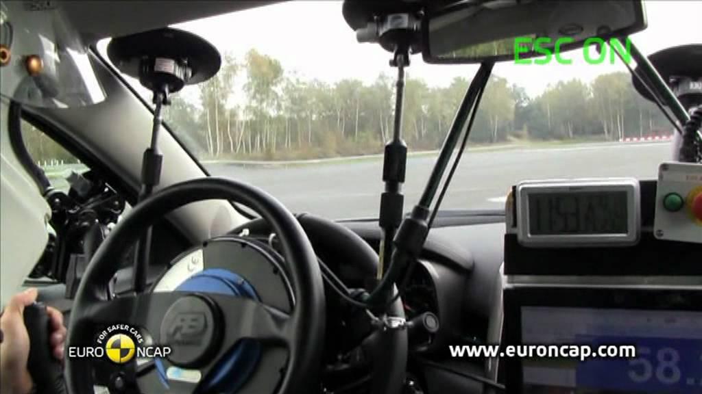 Chevrolet Malibu Esc Test 2011 Youtube