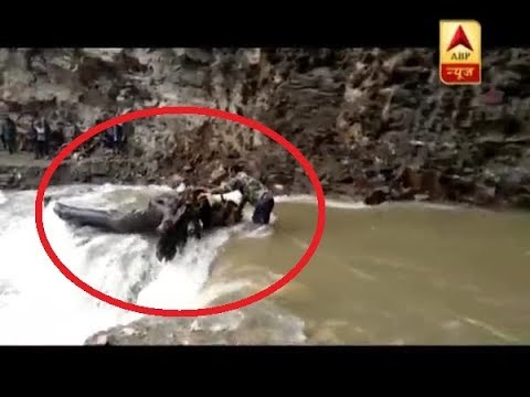 Uttarakhand: People Cross Road With HELP OF ROPES As Yamunotri Highway Shut Since 5 Days | ABP News
