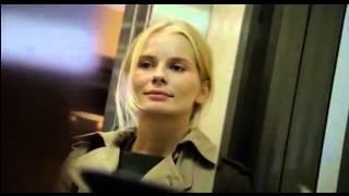 Одиночество в сети. Блондинка в лифте