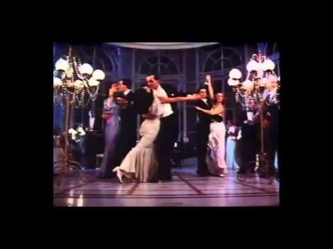 Tango Bar, pelicula con Raúl Julia, Valeria Lynch y Rubén Juárez