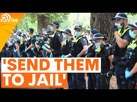 'SEND THEM TO JAIL' | Should Australian COVID-19 lockdown breaches result in jail time? | 7NEWS