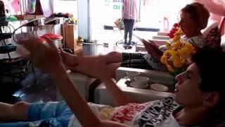 Вьетнам делают массаж новое старое. Посмотрите как делают массаж Вьетнамцы