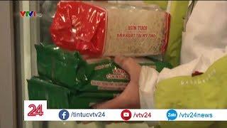 Người Thụy Điển thích đồ ăn VN hơn đồ Trung Quốc? | VTV24
