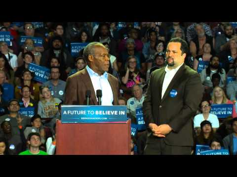 Danny Glover Introduces Bernie Sanders in Greenville, SC