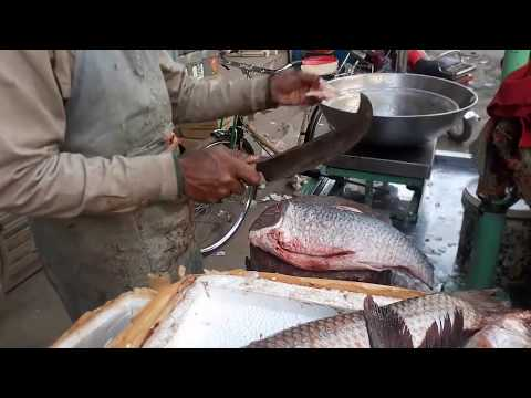 How To Clean Fish Skin    How To Remove Skin From Rohu Fish    Amazing Cutting Fish    Fast Food 786