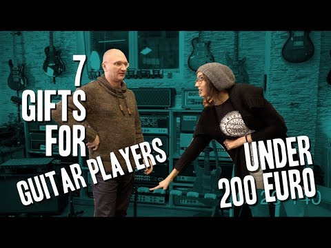 7 Gifts for Guitar Players under 200 Euro