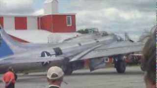 The Majestic B-17 Flying Fortress - St. Thomas Airshow 2013