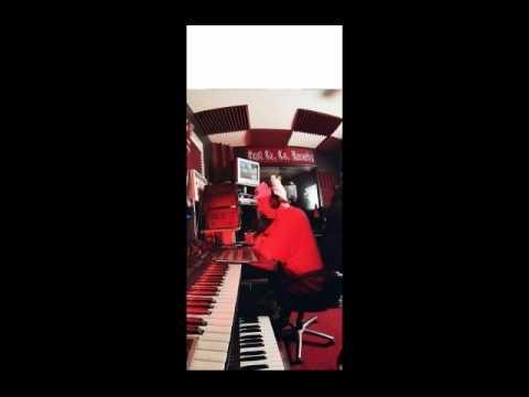 Woodie  - Norte Sidin  (Instrumental Sampled)